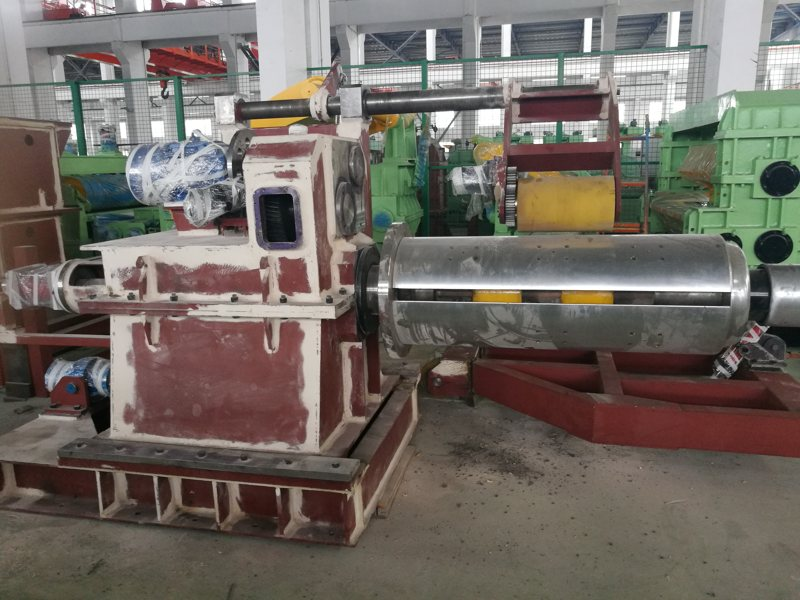 coil-processing-machinery-in-production-1.jpg