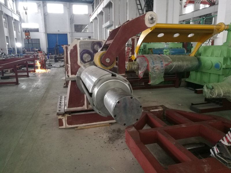 coil-processing-machinery-in-production-2.jpg